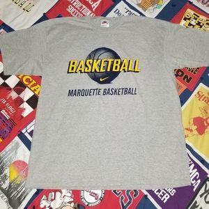 Vintage Nike Marquette Basketball Tshirt